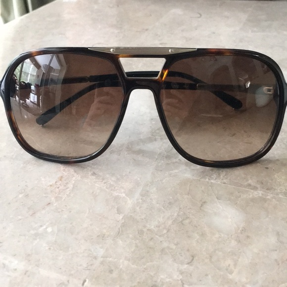 9fe42f2c7b4 Chloe Accessories - Cholé Oversized Tortoise Sunglasses